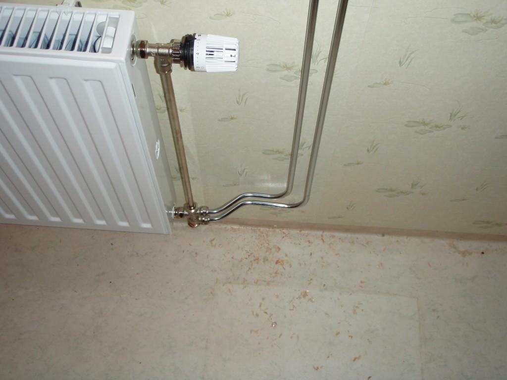 Utanpåliggande rör badrum ~ xellen.com
